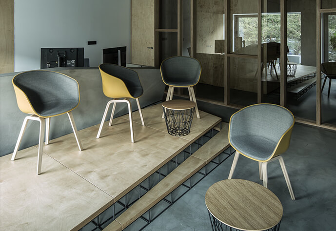 Bolupe | Chairs